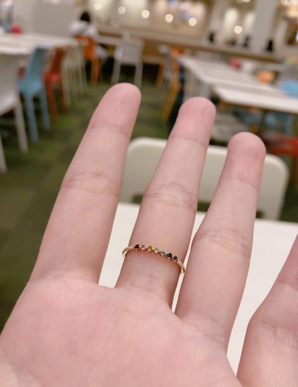 這趟到日本的尋寶之旅 開心在酒酒井outlet 買到這只ete戒指 什麼顏色都有 滿足有選擇恐懼症的