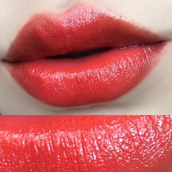 ysl美麗的橘色系口紅 橘色裡還有金色閃片 讚    不會乾  ig:qar__1002