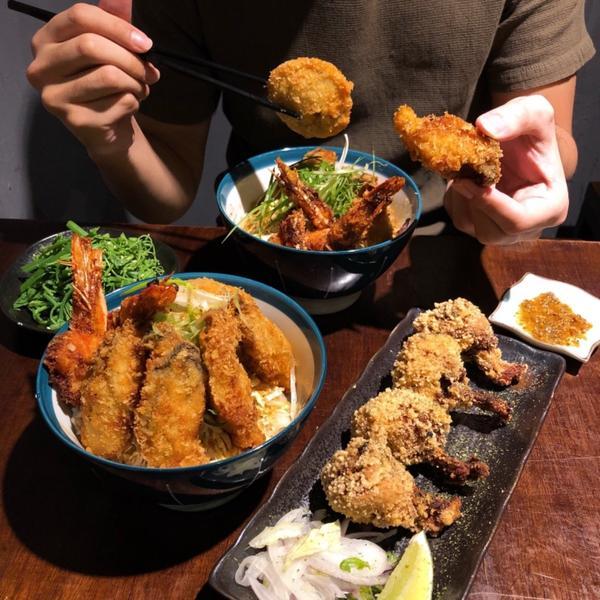 📍台北 · 士林 #直火人燒肉丼飯屋  - ▪️廣島海王 NT270 ▫️酥炸小雞腿 NT100
