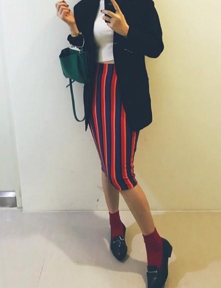 #2018最強穿搭 穿搭編的第三腳🤣有完沒完 參加台北時裝周的撞色穿搭 記得要搭配臭跩臉 這個lo