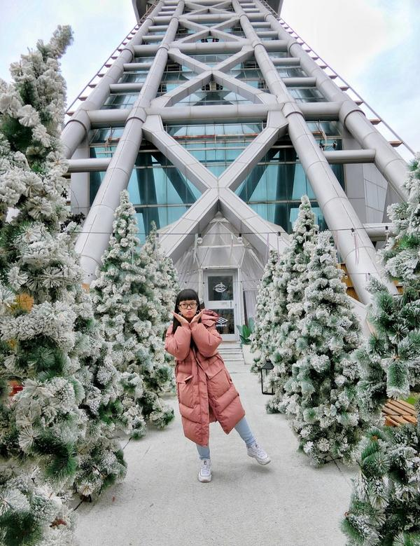 📍爛醉咖啡超夢幻的雪景只到2/3!!! 怎麼拍怎麼美 而且還巧遇熊熊🐻太開心了❤️ #台北 #台