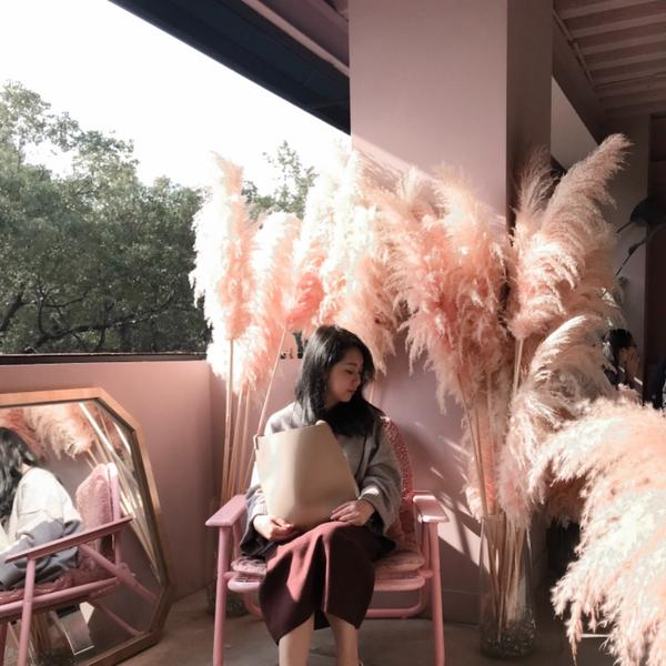 新竹 · 饅饅好食二樓呈現粉紅色系甜美風格 三樓是韓系的風格 喜歡拍照不要錯過 好拍好拍👌🏻