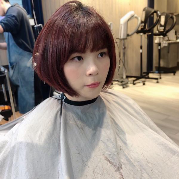 剪 #圓圓感bob🔝  吹乾就美美的❤️ #剪髮 #短髮 #短bob #圓圓感   設計師:Fin