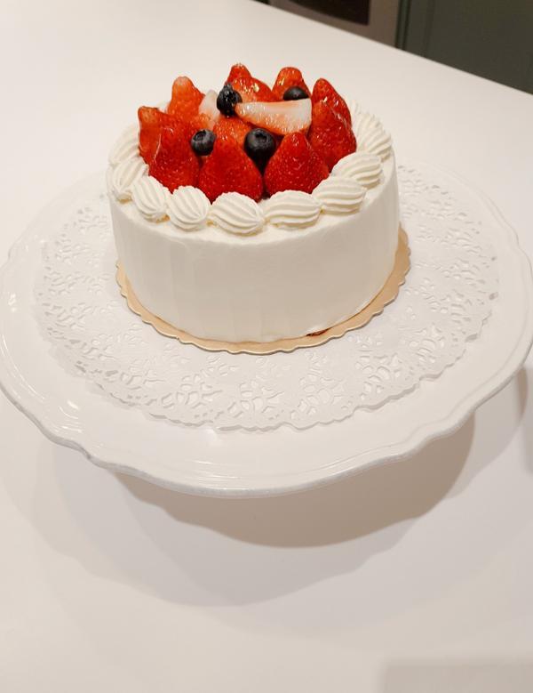 【mama de maison 】生活風格課程~親手烤個鮮奶油草莓生日蛋糕🎂一早來學習多年的mam