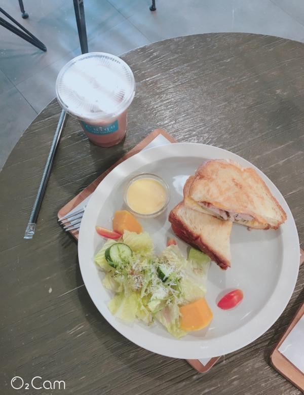 喜歡吃早午餐嗎?🤪. 喜歡吃早午餐嗎?🥙 怎樣的早午餐不怕胖? 怎樣的早午餐一定胖? 你想知道嗎