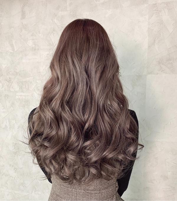 #冷萃咖啡色  莎莉特調給妳最特別的髮色 染完會有大大的驚喜  ⚠️⚠️注意注意⚠️⚠️ 4月份優惠