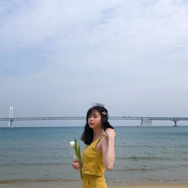 釜山三大海域評比去過釜山兩次的海邊感想🌊 我覺得~ 廣安里適合網美照那類的 (就只有沙灘跟大海)