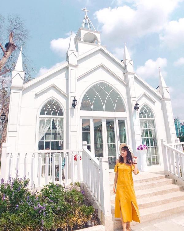 📍彰化 琉璃仙境收集整個台灣的講教堂⛪ 這教堂也好美💕 🕙:10:00~21:30 門票:15