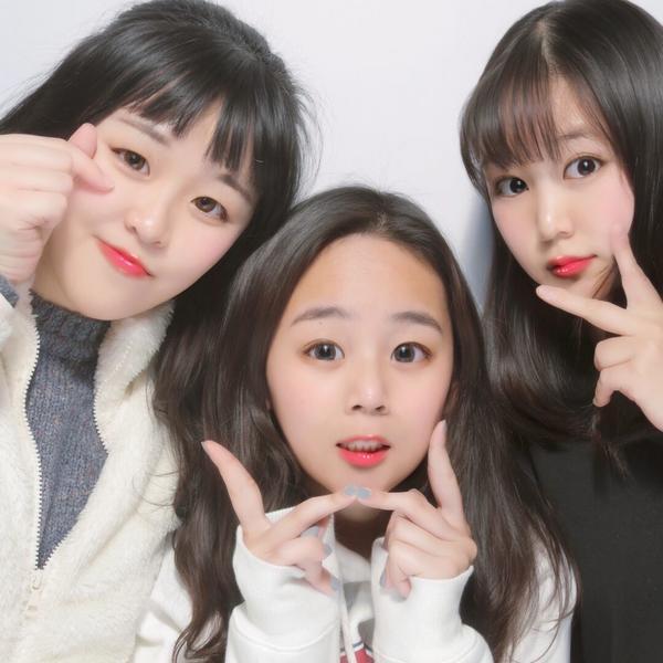 日本拍貼機#プリクラ 日本高中生超有名的修超大拍貼機🤣 這是留學一年裡自己覺得拍的最成功的一張
