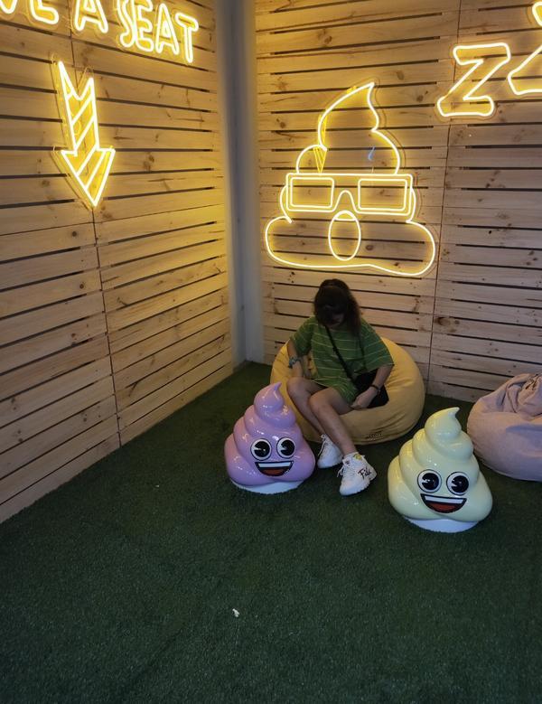 Emoji快閃店 免費參觀Emoji符號 實體店面  #華山文創