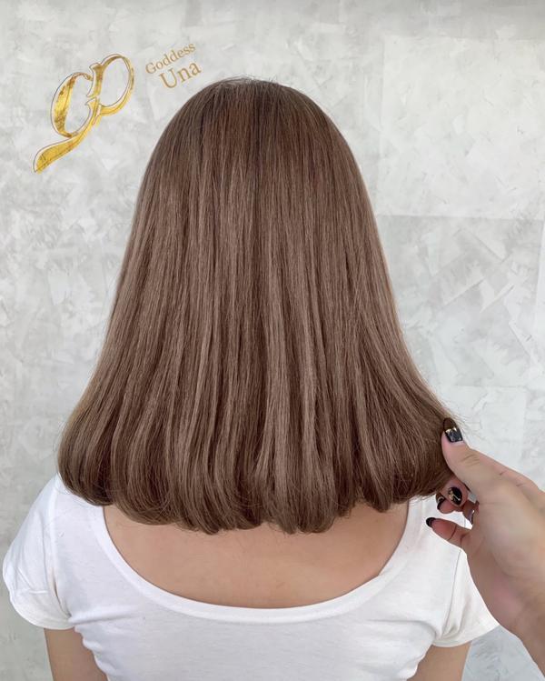 ⋞卡色也能染的奶茶灰💕⋟ 就算卡色只要髮質還可以也也能染淺唷 但是護髮真的不能偷懶 一偷懶就會被發