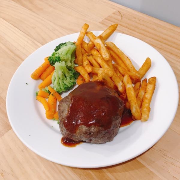 Ikea𓃟好好食❤️今日終於吃到ikea餐廳的美食了! 每次來都沒機會吃 這次好好的來食食(˶‾᷄