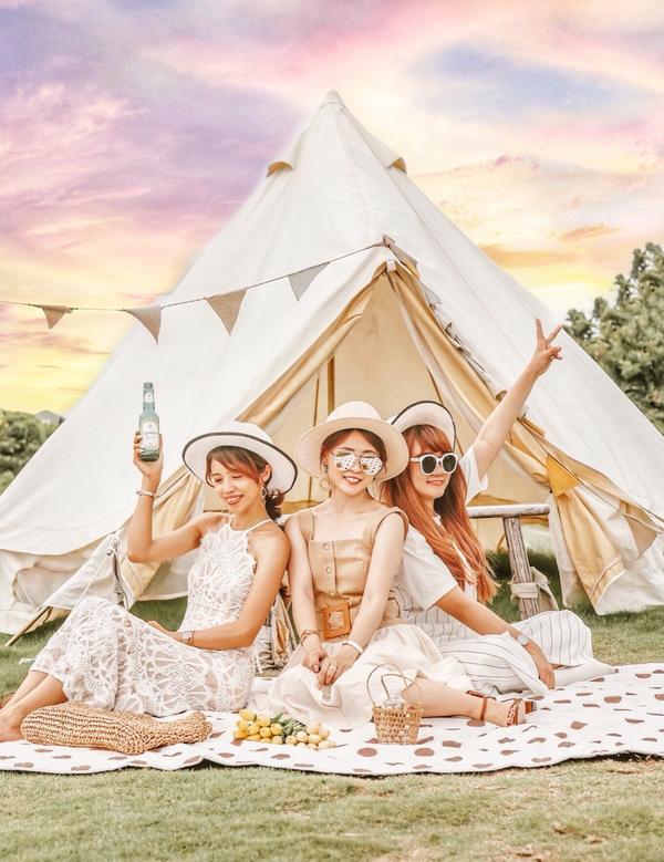 小田生活小田生活座落在稻田中的咖啡廳☕️ 簡約的白色小房子 戶外有一整片油油的草地🌱 環境讓人覺得