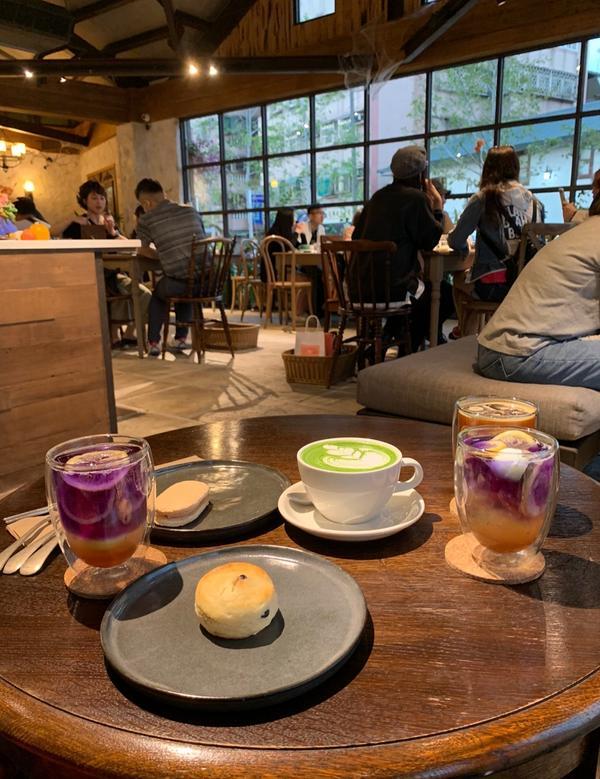 Jo's corner cafe 桃園洋房咖啡館🏡環境很優 服務很好 價格偏高 飲品好喝 甜點普通