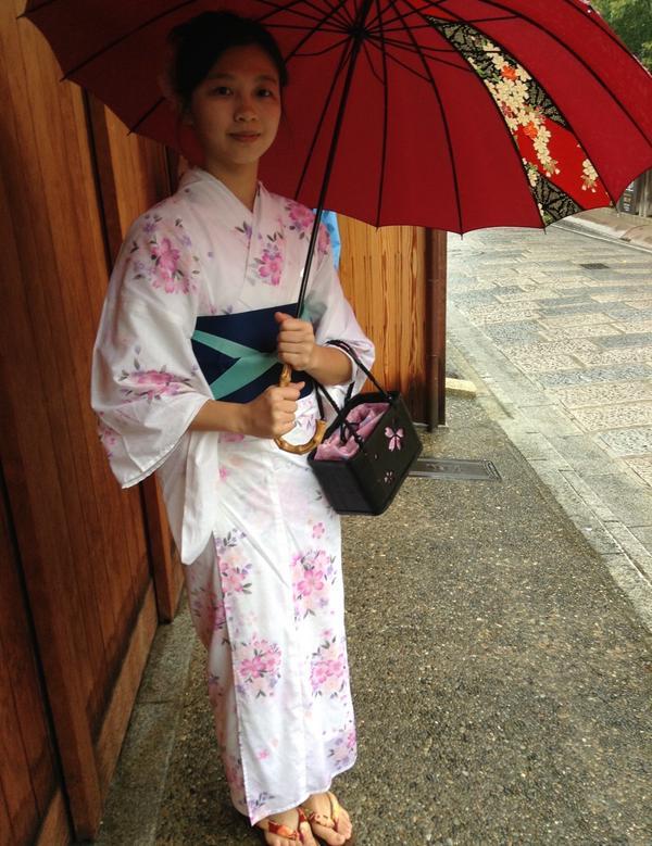 和服體驗穿著和服走在日本的街道上 真的覺得自己好像日本人😂