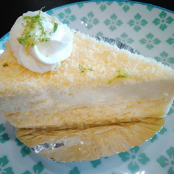 Notch焦糖瑪奇朵焦糖瑪奇朵,濃郁香醇,微苦帶甜。 北海道雙層起司蛋糕,起司香氣十足,濃郁厚重綿密
