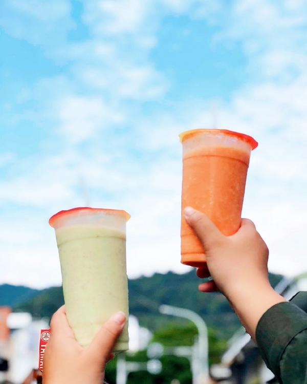 【宜蘭】頭城木瓜王:在地20年新鮮現打果汁,蘭陽技術學院學生最想念的味道。#頭城木瓜王 位在蘭陽技術