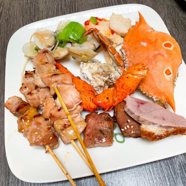 ➖食 ғᴏᴏᴅ➖台北中正區 · 十二廚:高級自助餐廳➖食 ғᴏᴏᴅ➖ . 📍台北中正區 · 十二廚