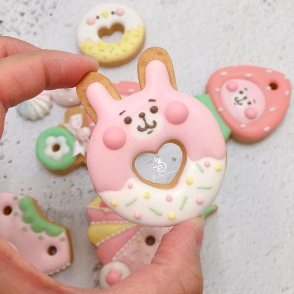 超療癒系的糖霜餅乾🍪捨不得吃的食物!最近又開始畫ㄧ波餅乾🍪,卡納赫拉跟P祖是我的心頭愛❤️越畫心
