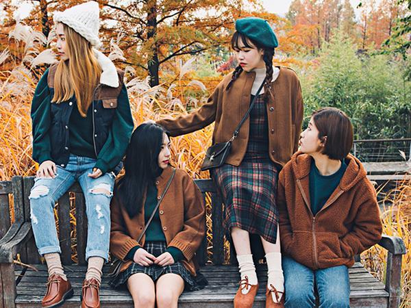 這畫面也太和諧,與姊妹約會dress code都幫你想好了,快揪姊妹們一起主題穿搭吧!