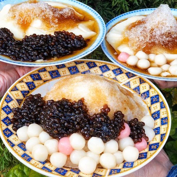 台南美食-俗擱大碗讓你吃到透心涼的刨冰豆花「古早味順福豆花」全年無休就等你來一碗超級佛心價讓你吃到秋
