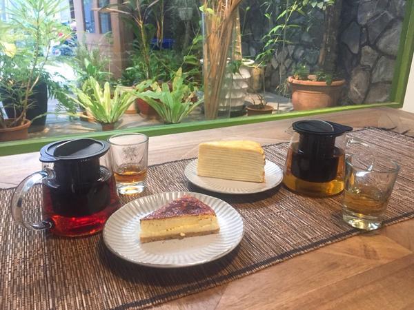 【台北】城市草倉蠻酷的店,有很多種茶葉可以選擇,價格也親民的,有人插座、WiFi,坐整天也不會趕人的