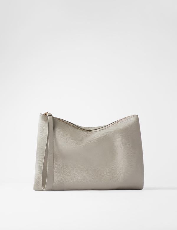 『客製化』一定貴鬆鬆?Zara首推客製化手袋簡直佛心操作,小資女也能負擔得起!客製化沒有人不愛,但價