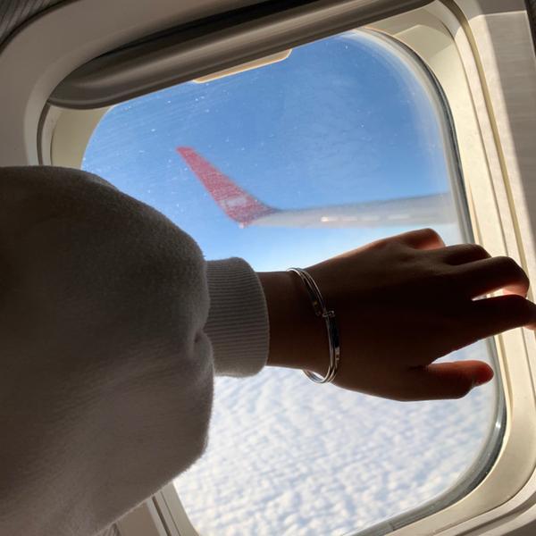 飛機上的世界✈️從不同角度看世界 會發現人類真的很渺小 要珍惜當下的每一刻的因為誰對沒辦法控制未來�