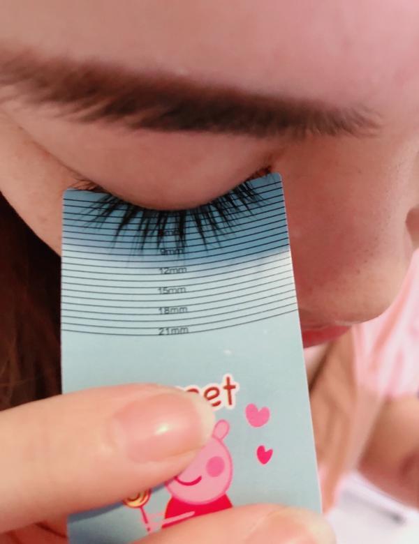素顏美人 小金瓶睫毛增長液使用到現在已經三個月嘍 開始變成保養的習慣 每天早晚各一次 都不用去接假睫