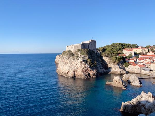 克羅埃西亞🇭🇷冰與火🔥拍攝🎬場景「自由勝過黃金」是拉古薩共和國的名言,「如果你想看到天堂到底