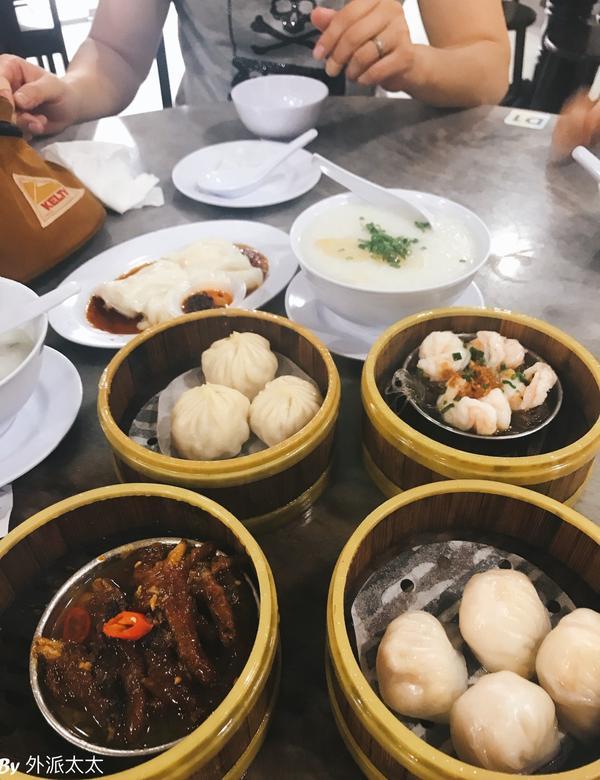 馬來西亞早餐吃什麼?-華人篇馬來西亞的早餐很多元,幾乎你想吃的東西都可以找的到。雖然沒有美而美類的台