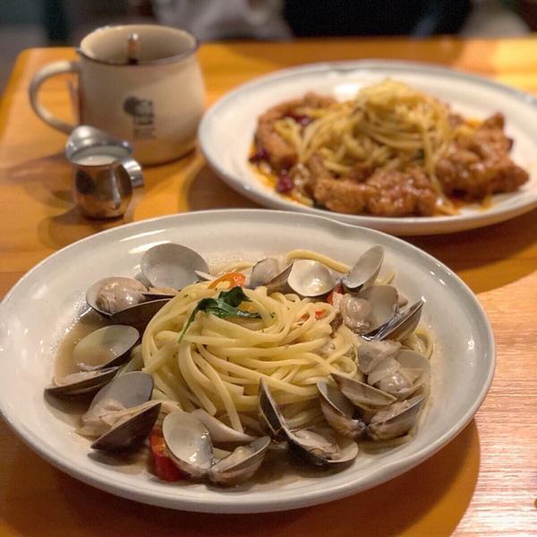 📍Hsinchu 東區 想不到新竹也有貳樓餐廳💓 它們家的餐點cp值都很高🤪 完全不用怕會吃到