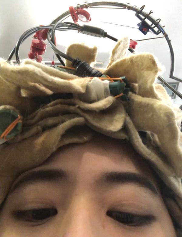 🐏羊毛卷🐏有没有烫过羊毛卷的小姐姐呢? 有些疑问想问问你们  弹力素用哪个牌子比较好? 洗完头扭
