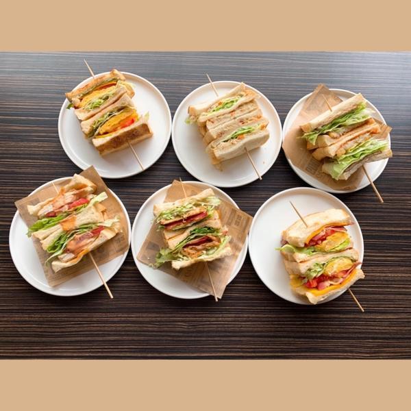 ◻️247火山咖啡🌋  📍新竹市東區勝利路1-1號(黃色貨櫃屋)  ⏰ 早餐時段7:00~11: