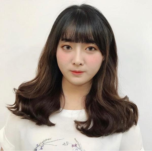 高級雲朵燙☁️髮質好壞影響髮型呈現和維持 有健康的髮質 捲度才維持的久 而且不毛躁 頭和臉一樣需要細