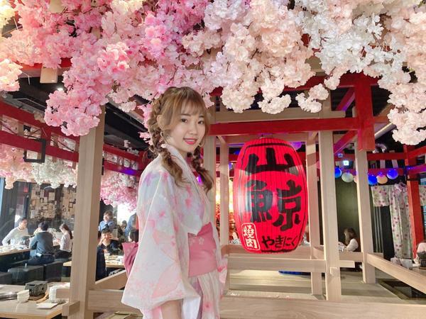 山鯨燒肉吃完燒肉,一秒飛日本🤣 好好拍😈店員說都是女生指定要來(我懂~)  最後一張不要看👻