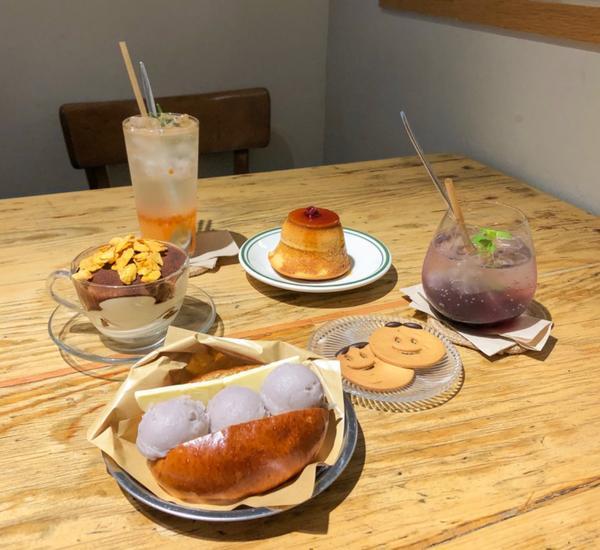 ☻台北|小巨蛋下午茶𝓣𝓲𝓻𝓮 𝓯𝓻𝓸𝓶 寬敞的用餐空間,除了甜點外,也有鹹食、咖啡、