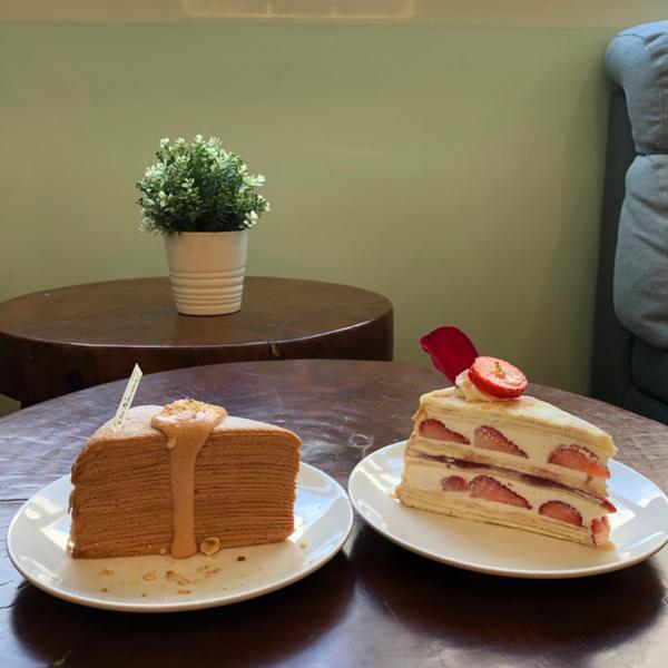 |台中甜點|✨泰式奶茶/草莓 千層🍓🍰 萊姆16手作甜點 - 📍北區天津一街42號