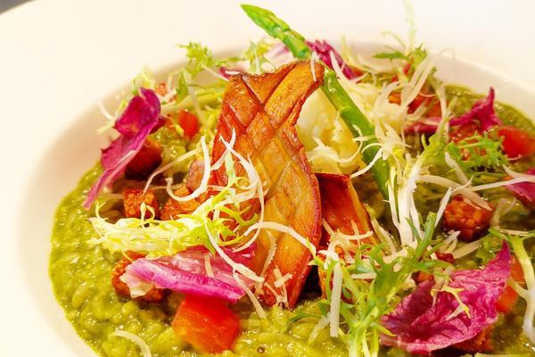 """""""逢甲純植物飲食 無蛋無奶 vegan義式料理""""用植物對身體蔬展一下近年來vegan人數越來越多,且"""