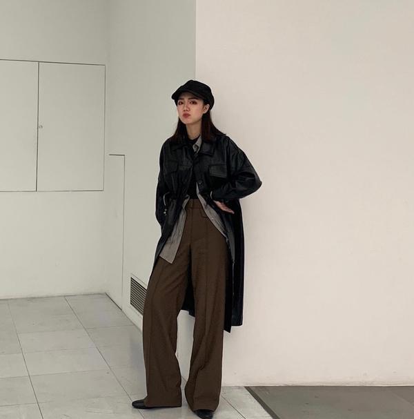 OOTD | 皮衣+大衣控 被男友說像福爾摩斯(?褲子時間是橄欖綠不知道為什麼拍起來是深咖哈哈哈哈