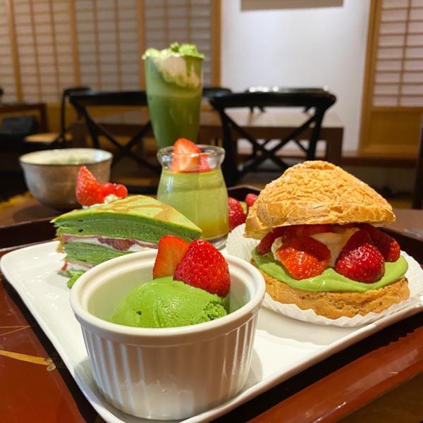 台北抹茶專賣「平安京茶事」🍓 草莓季限定雙人套餐,980元  📌 平日低消300元,限時1個半小