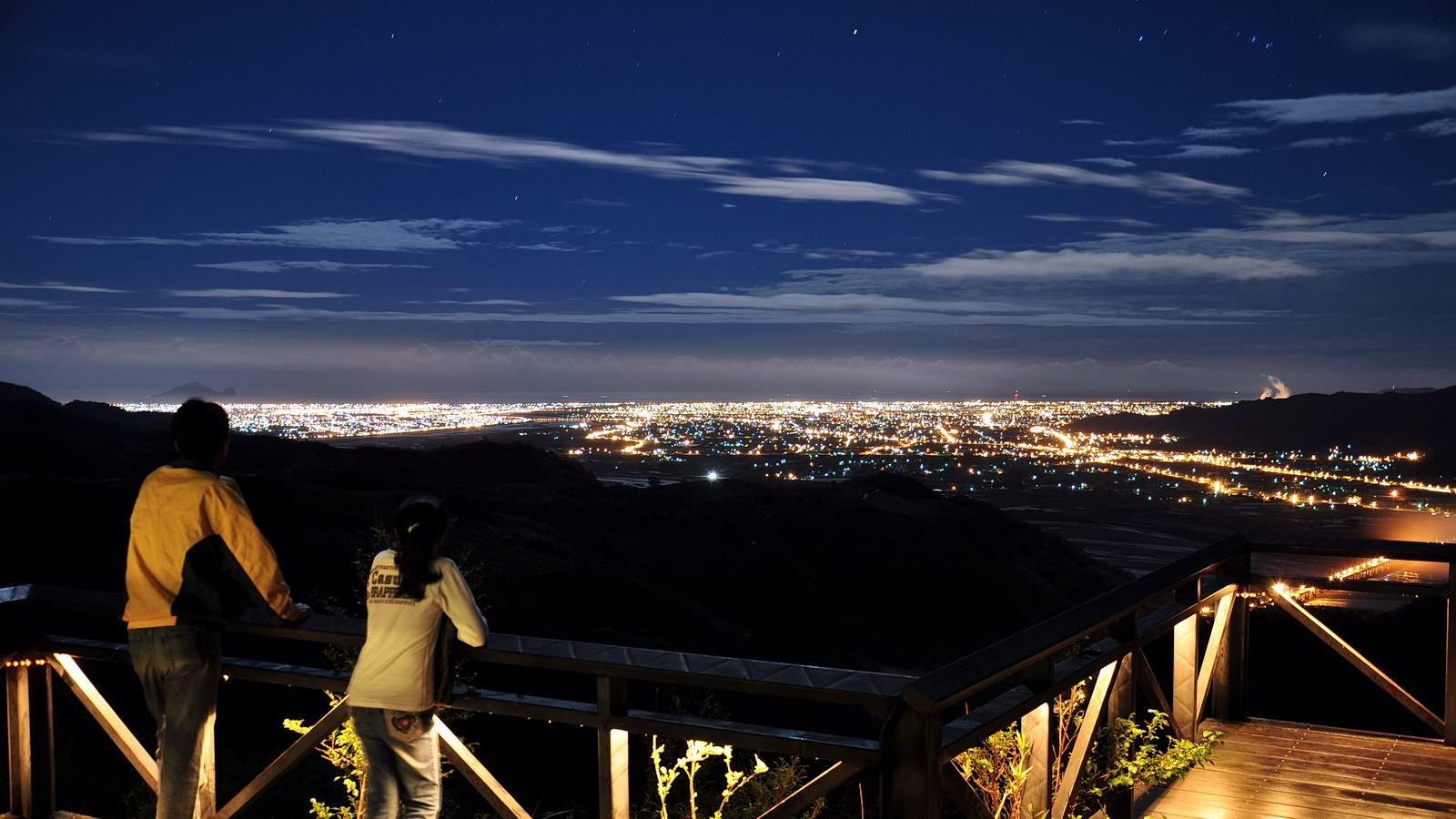 Photo by 櫻悅民宿   晚上看夜景的觀景平台