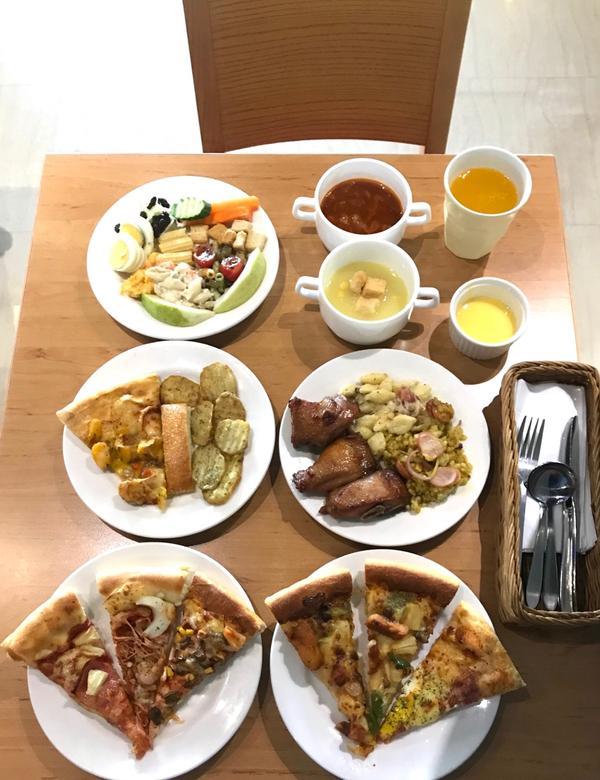 🍕必勝客 PizzaHut 🍕歡樂吧,吃到飽🍕#必勝客 #PizzaHut 🍕 全台有許多分