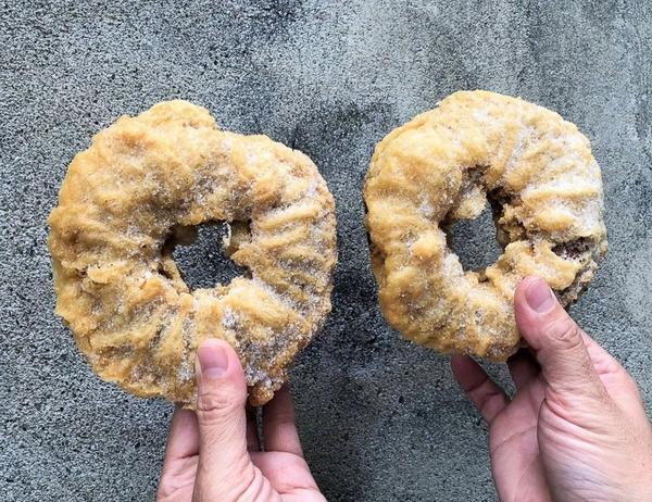 銅板點心、蛋糕、麵包,古早味脆皮甜甜圈每次路過蓮池潭都會看到信賓麵包烘焙、米格泡芙經營多年,許多外地