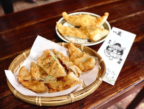 台南中西區∥小吃∥現做現炸的手工甜不辣 限量溏心蛋一顆難求的台式下午茶 IG爆紅黑輪店!∥一農-[#