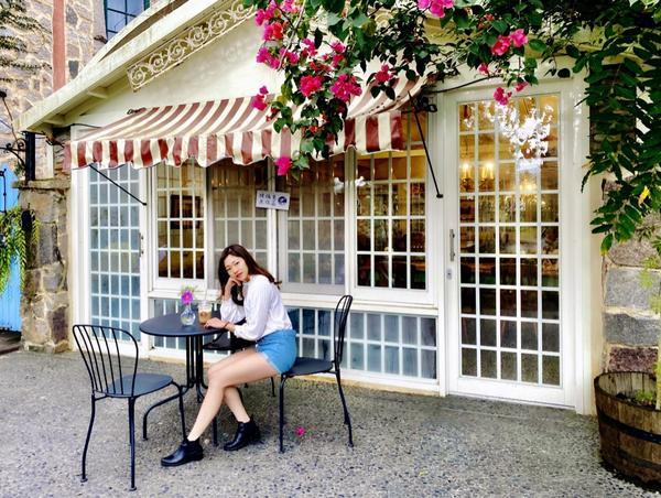 鷺鷥咖啡|超夢幻歐洲城堡&落羽松就在花蓮又是一個週末才營業的地方 明明很網美的地方卻一堆大叔大媽 要