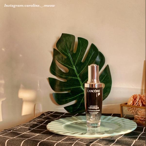 《蘭蔻小黑瓶》#超進化肌因賦活露  #小黑瓶  保濕修護一瓶OK✨  化妝時可以滴在粉底裡一起使用,