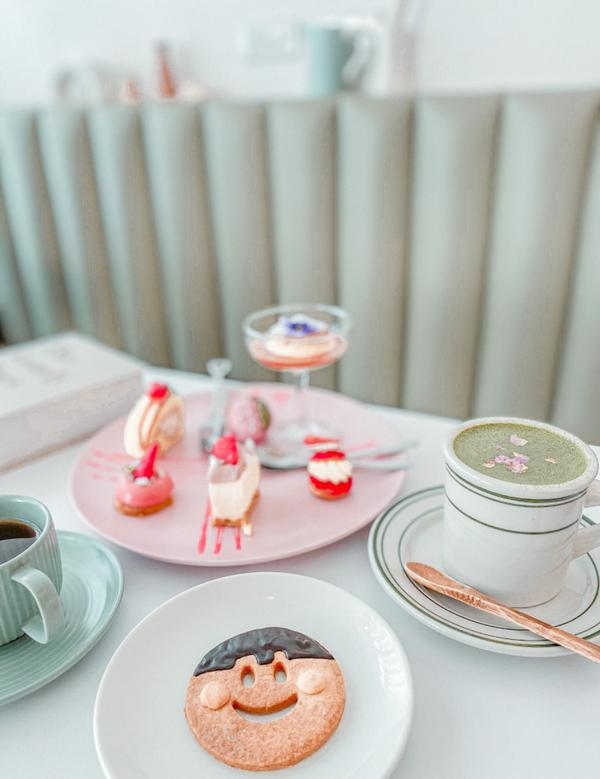 A Sheep Cafe (有一隻羊)台南韓系甜點📍A Sheep Cafe (有一隻羊) 純白色