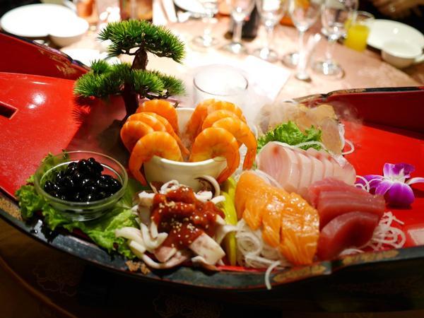 美食|雅園新潮婚宴會館。熊寶小榆の旅遊日記。🍭#雅園新潮 來吃桌菜啦🎉🎉🎉這家在台中在地的婚