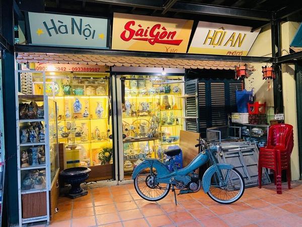 越南🇻🇳|胡志明市| 你沒想過越南也有這種古玩市場可以逛!來分享一下有天拉著朋友一起去古玩市場c